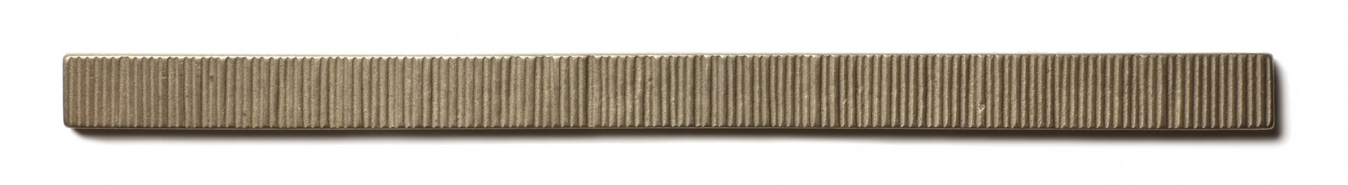 Beach Grass Liner 0.75x12 inch accent liner  White Bronze