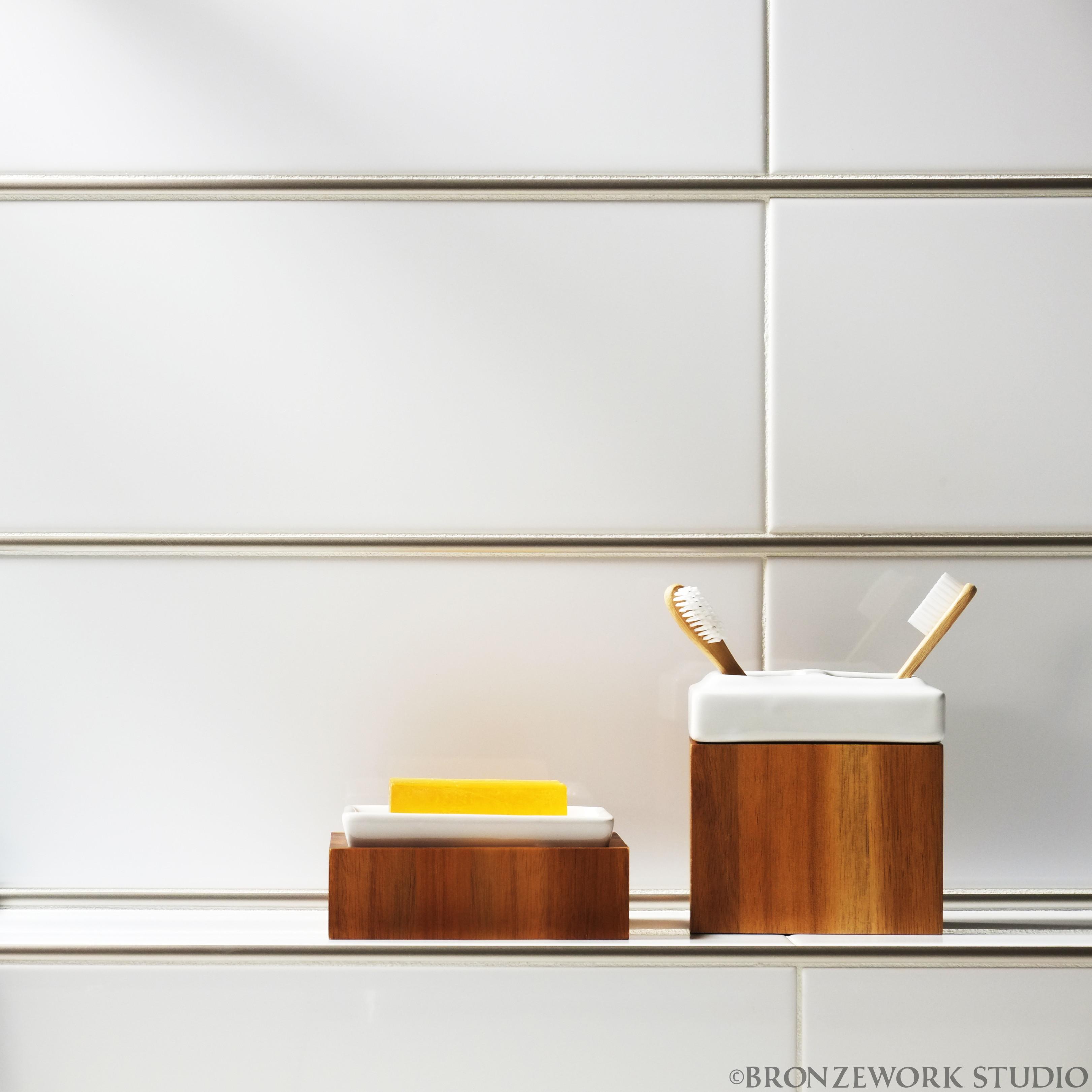 BWS Precision Liner Satin Nickel white porcelain soap dish closeup (c) high res