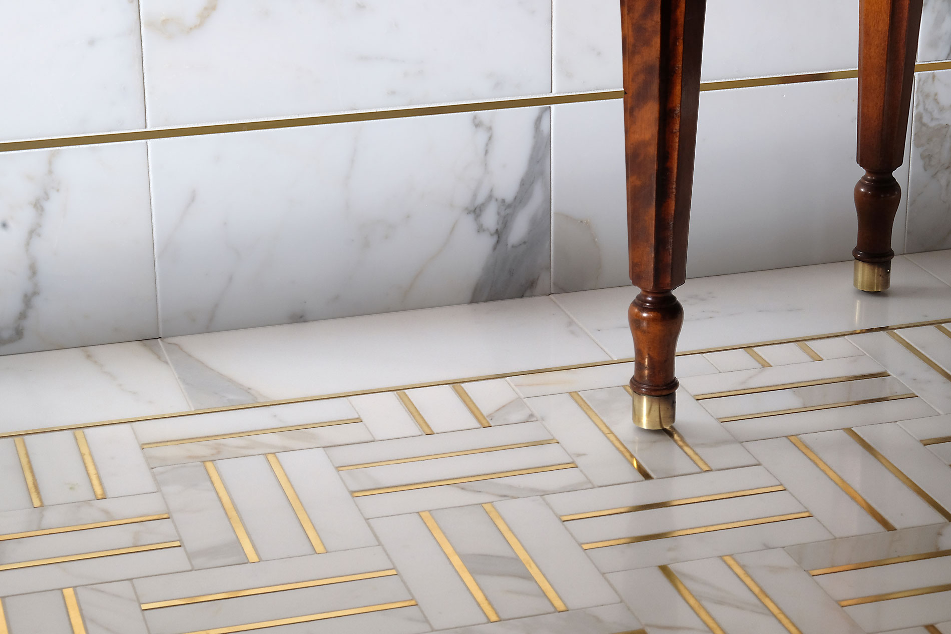 Precision Square Hepburn Brass with white marble