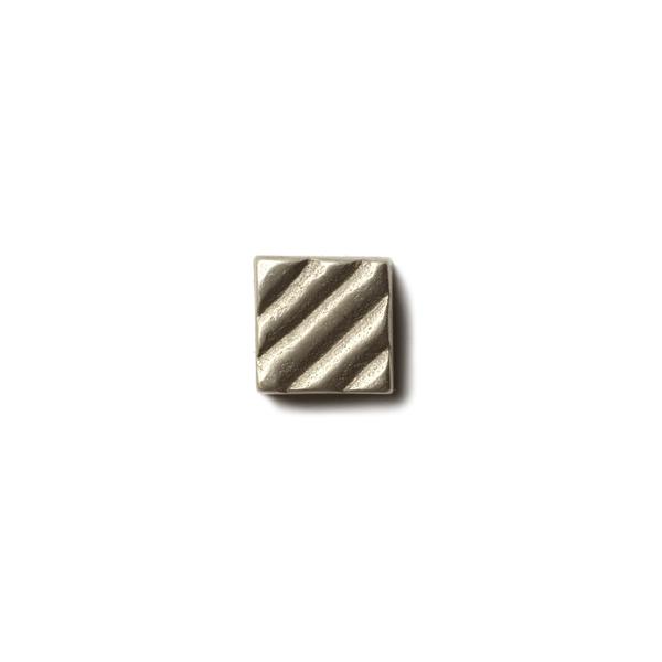 Ruffle 0.63x0.63 inch accent tile  White Bronze