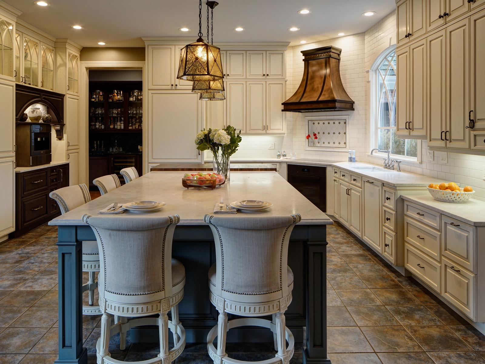 Bronzework-Studio-Drury-Design-Tradtional-Kitchen-1-1600x1200-c