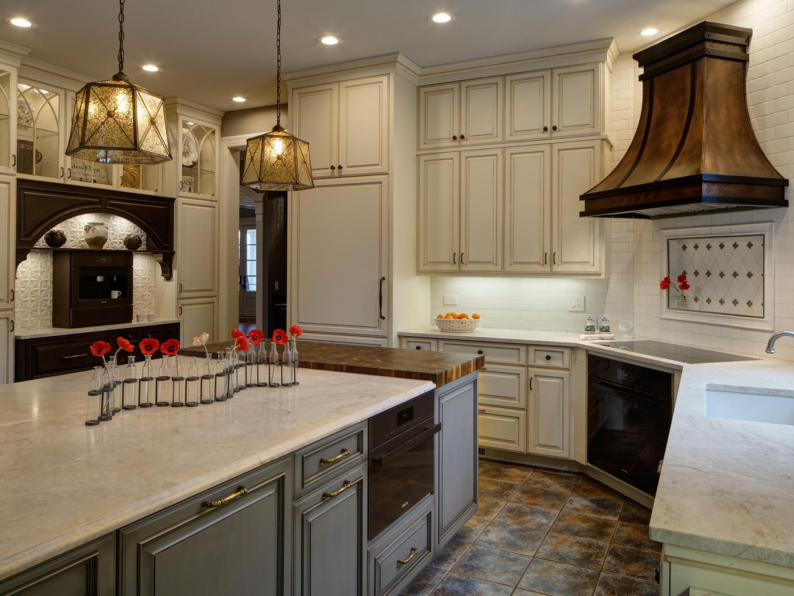Bronzework-Studio-Drury-Design-Tradtional-Kitchen-1-1600x1200-d