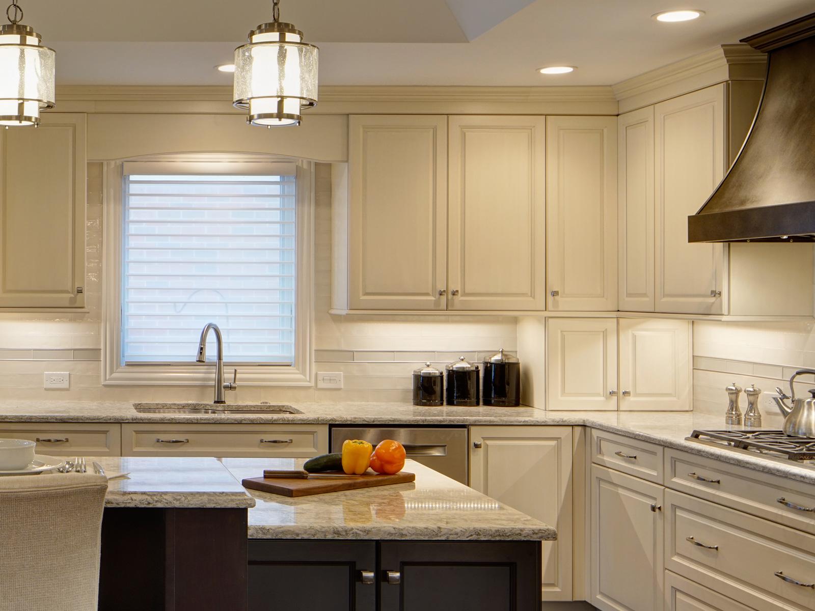Bronzework-Studio-Drury-Design-Tradtional-Kitchen-2-1600x1200-c