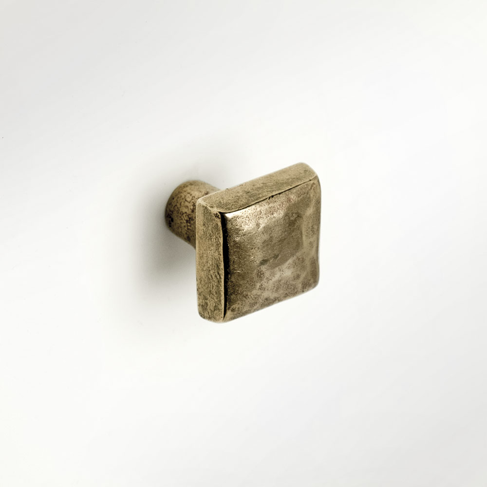 Cabochon 1x1 inch knob Traditional Bronze