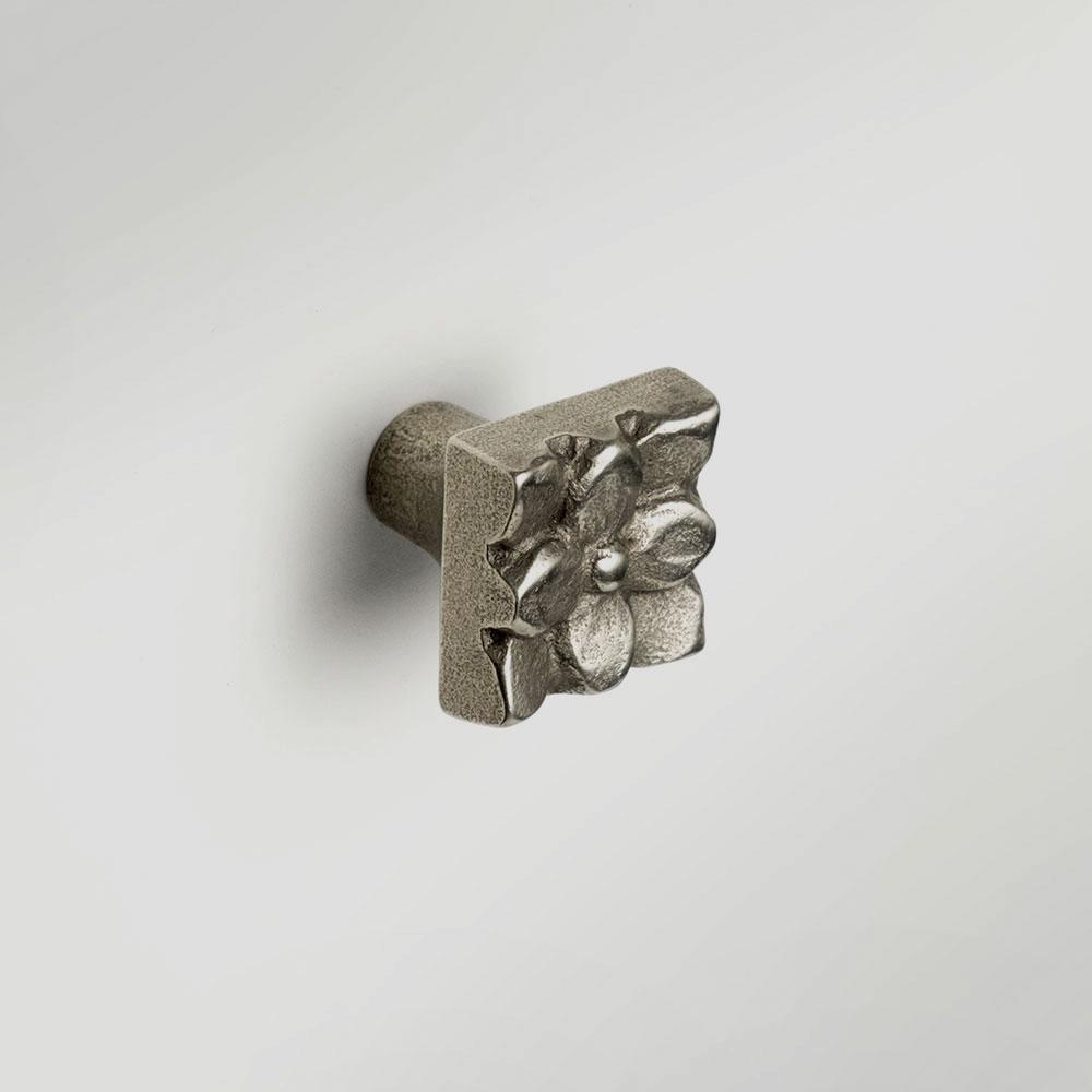 Lotus 1x1 inch knob White Bronze