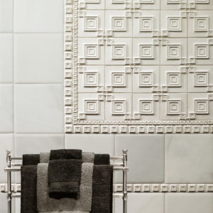 white ceramic tile accent grid pattern bathroom design ideas